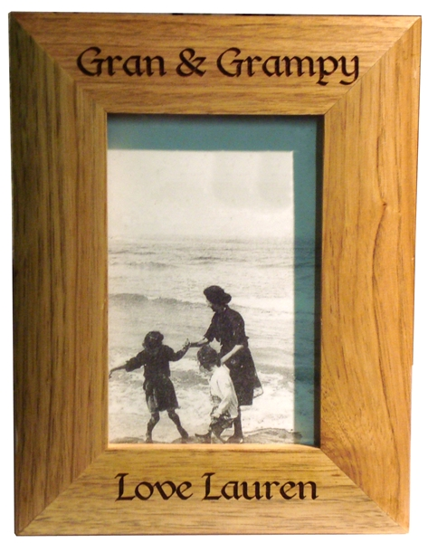 "Solid Oak photo frame 6"" x 4"""