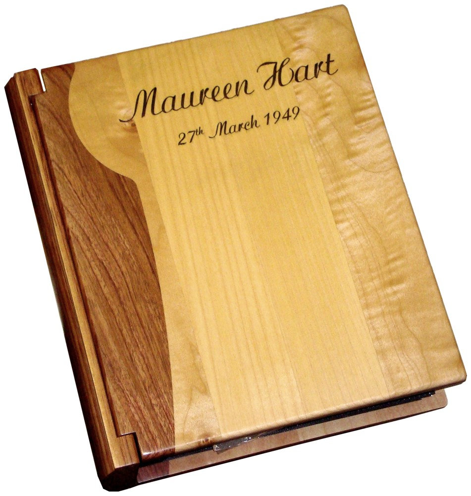 Maple & Walnut photograph album.