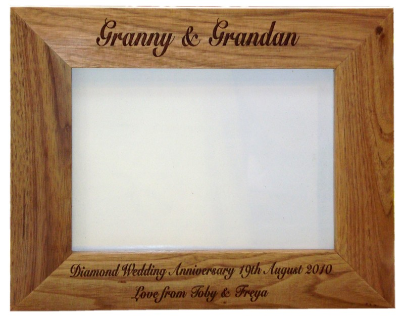 Solid Oak photo frame 6 x 4 Personalised 6x4 photo frame [AFO64 ...